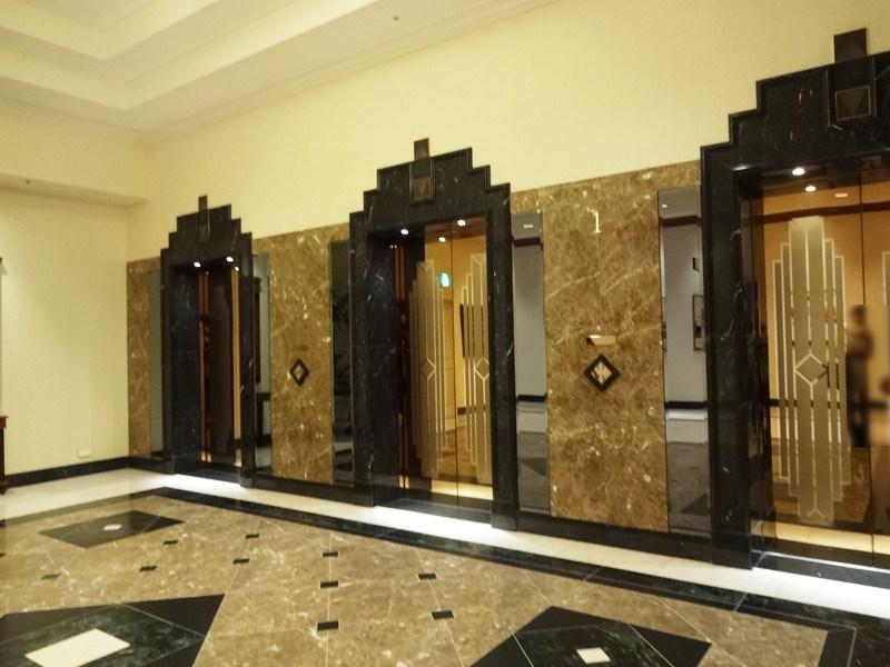 名古屋マリオネットアソシアホテルのエレベーター外観