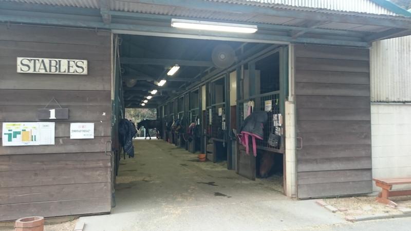 乗馬クラブクレイン三重の厩舎